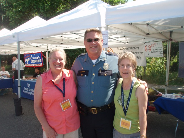 Deb Greer - Captain Steve Paulsen - Karen Berge at the SW Precinct Picnic 2012